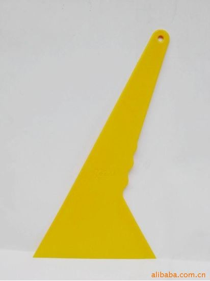 Picture of Big Triangle Scraper